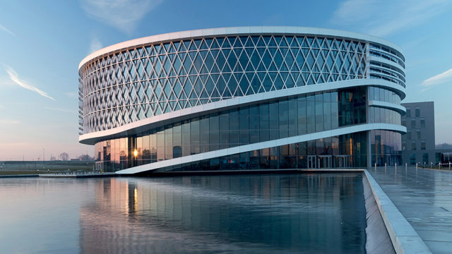 Barco_building_The_Circle-1.jpg