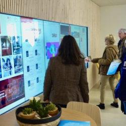 Arcachon entre dans l'ère de la communication interactive avec un mur tactile XXL © Frédérique Dugeny, Directrice Générale d'Arcachon Expansion