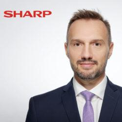 Sharp harmonise le nom de sa marque sur la scène internationale © DR