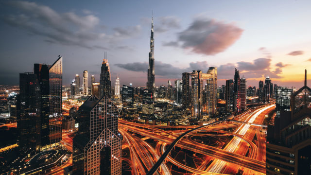 La tour Burj Khalifa à Dubaï vise haut en lançant un appel à créations à tous les artistes de la projection 3D © DR