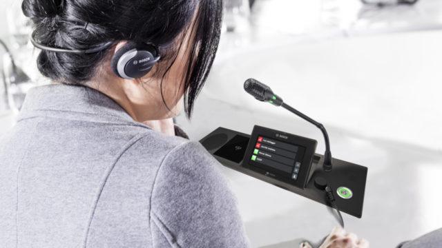 Bosch ouvre sa gamme de pupitres audio Dicentis à la personnalisation © DR