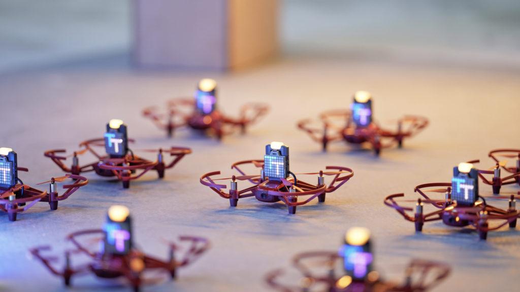 DJI Éducation déferle son nuage de drones RoboMaster Tello Talent © DR