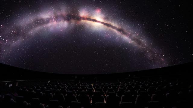 Sony et RSA Cosmos équipent le Planétarium de La Coupole, premier planétarium 3D 10K au monde © DR